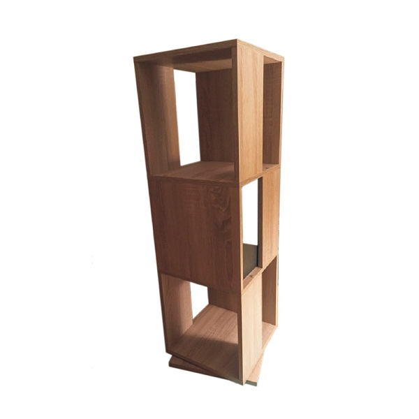 Rotatable shelf